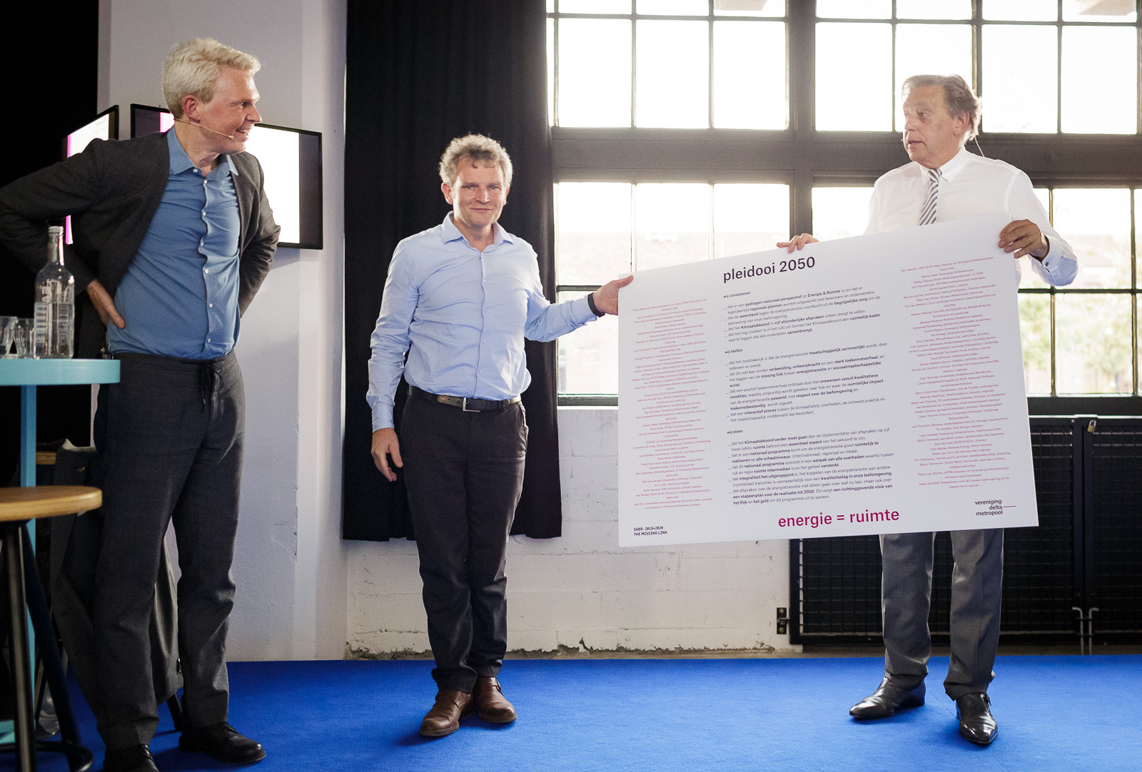 """Ed Nijpels ontvangt op de IABR """"Pleidooi 2050 – deltaplan voor de energietransitie"""""""